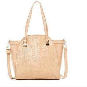 Handbags - Wall of roses 🌹